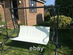 Outsunny 2-in-1 Patio Garden Swing Seat converts to bed ready assembled