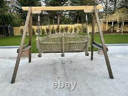 Sitting Spiritually Garden Swing Seat 3-person Solid Cedar Wood With Drinks Tray